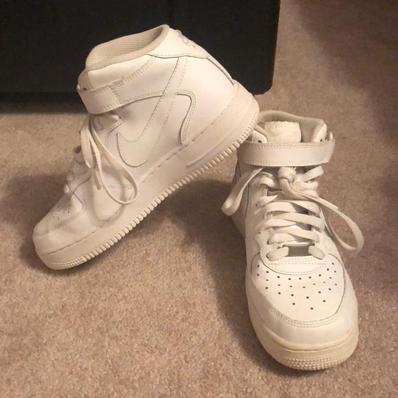 Nike Shoes | Classic White Nike Air